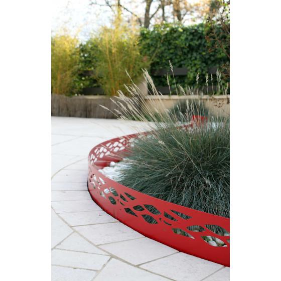 Bordure de jardin en acier rouge rubis ajourée H 18 cm